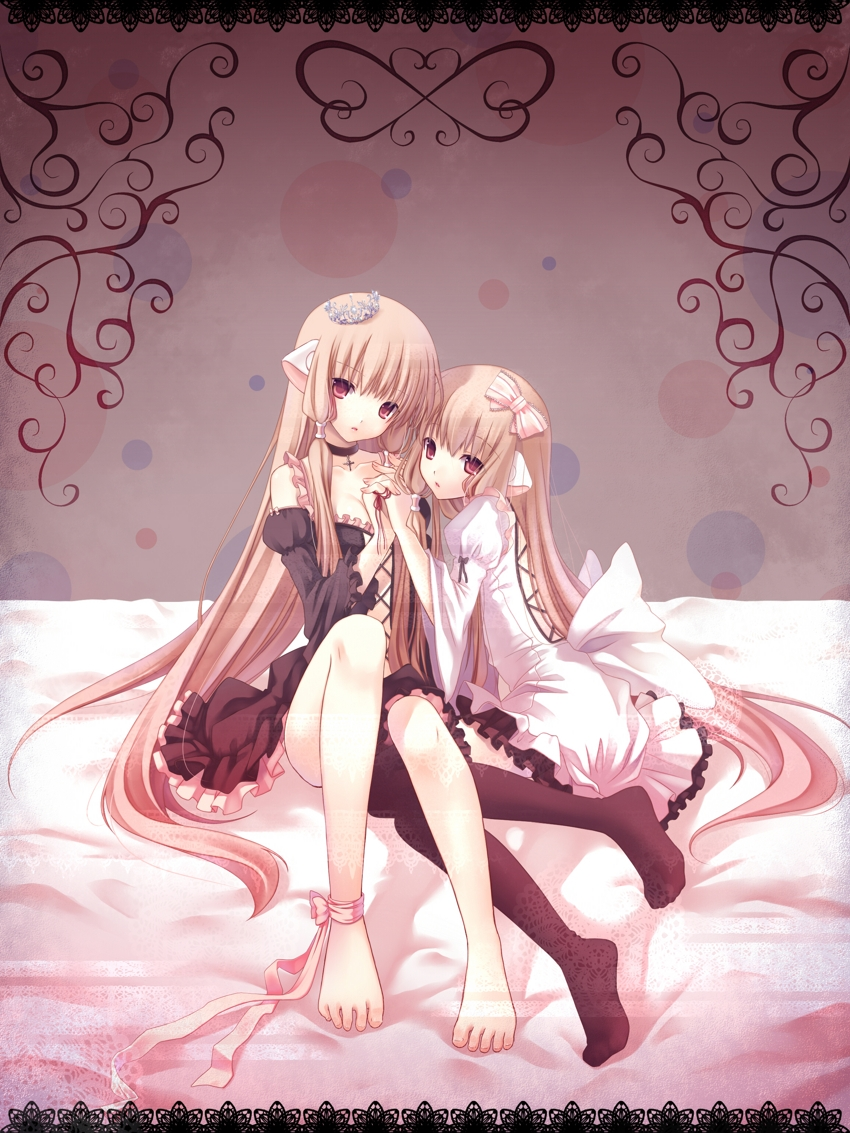 CLAMP, Chii, Freya, Barefoot, Blonde Hair, Bows (Fashion), Crown, Duo, Female, Hair Bow, Holding Hands, Tiara, Two Girls, Chobits